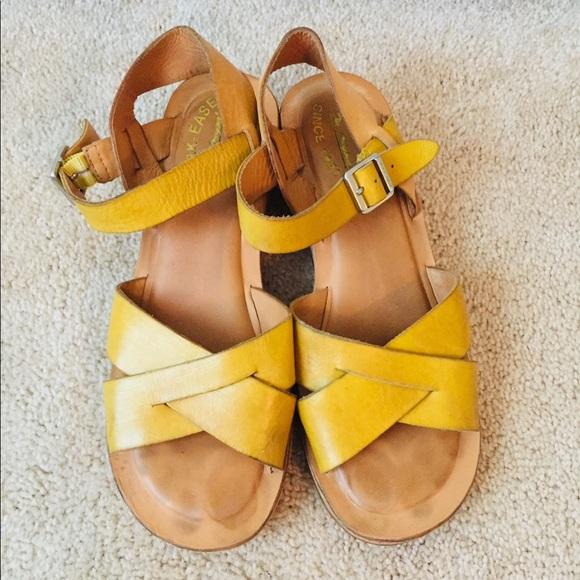 1dd8342fa25 Summery KORK EASE yellow sandals
